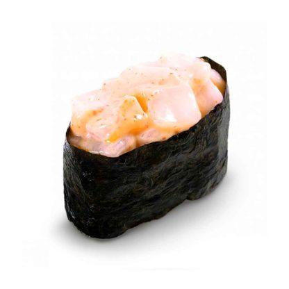 Острые суши с гребешком в кафе Микс