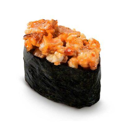 Острые суши с угрём в кафе Микс